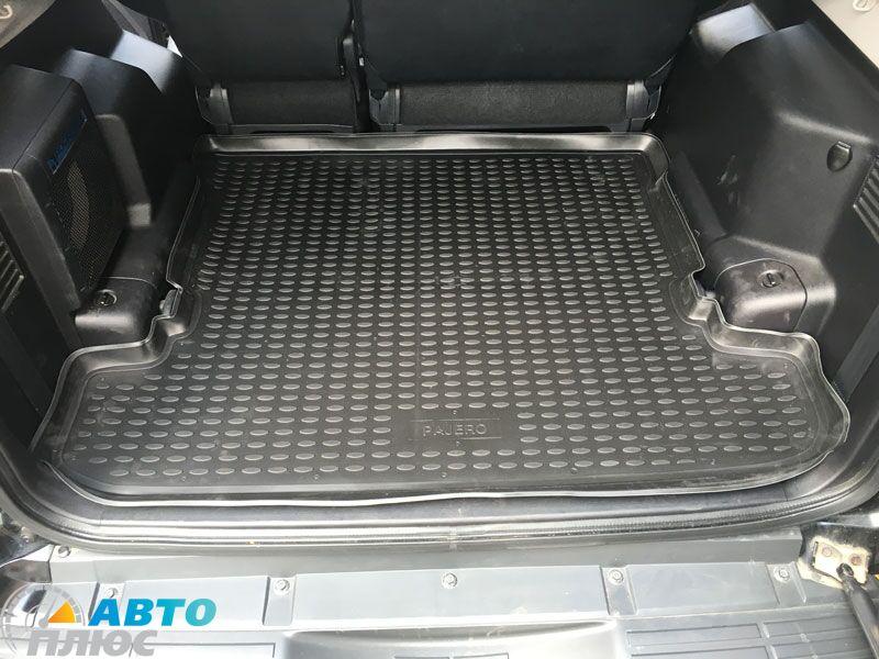 Митсубиси Паджеро 4 багажник